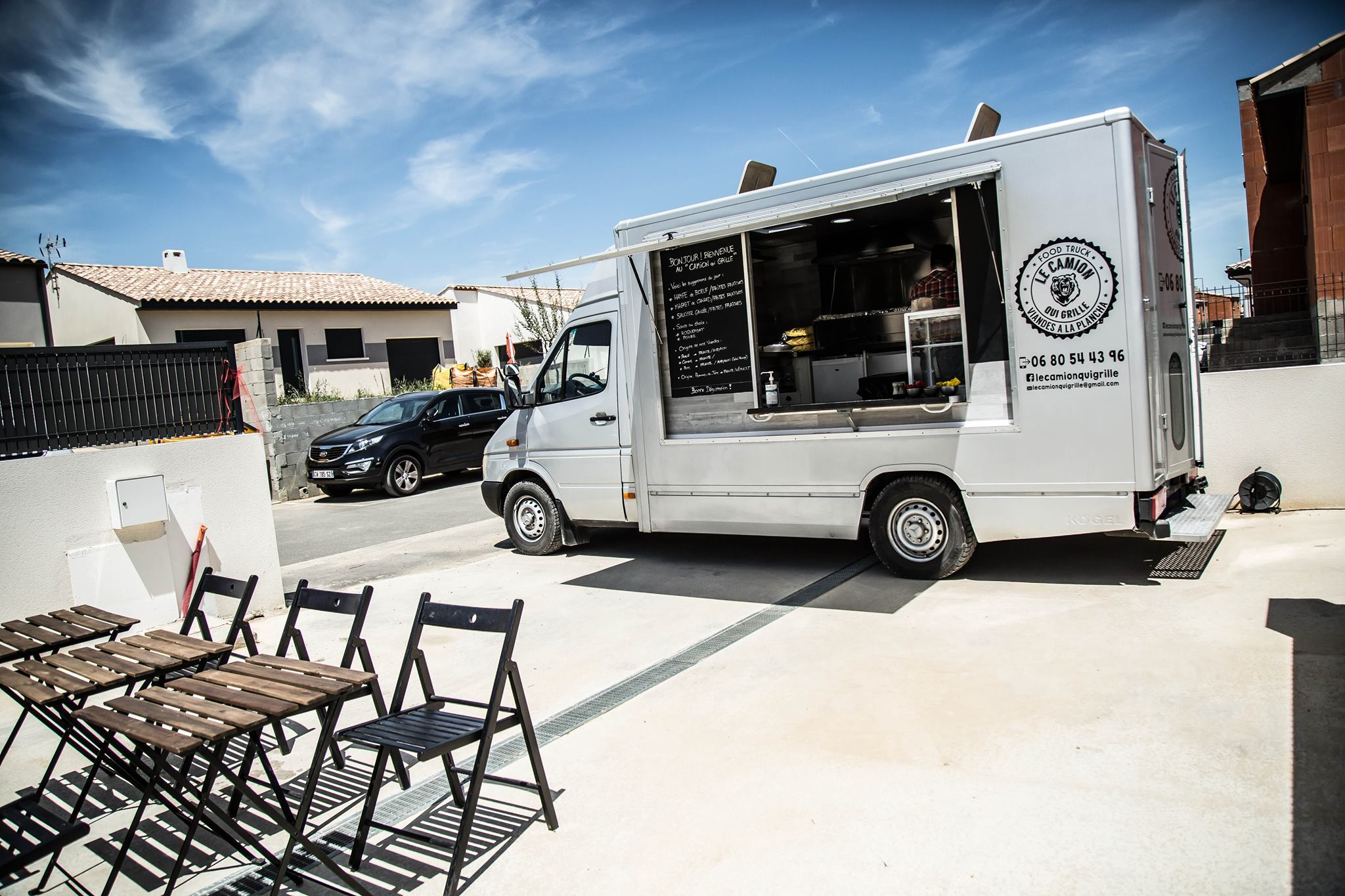food truck le camion qui grille b ziers office de tourisme de b ziers m diterran e. Black Bedroom Furniture Sets. Home Design Ideas